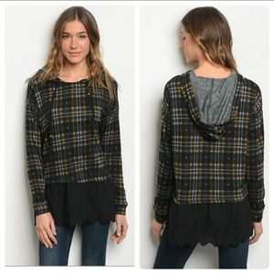 🆕️ Plaid hooded Top